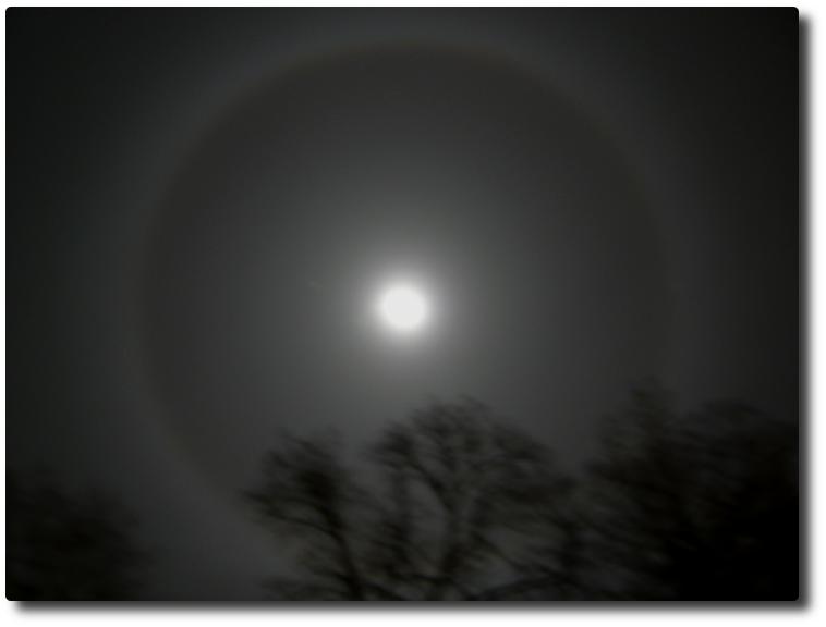 halo de la Lune 2 janvier 2010